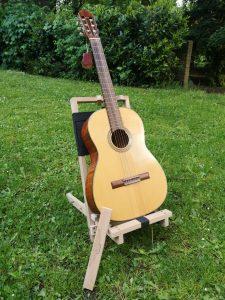 Der PremiumPlus-Gitarrenständer